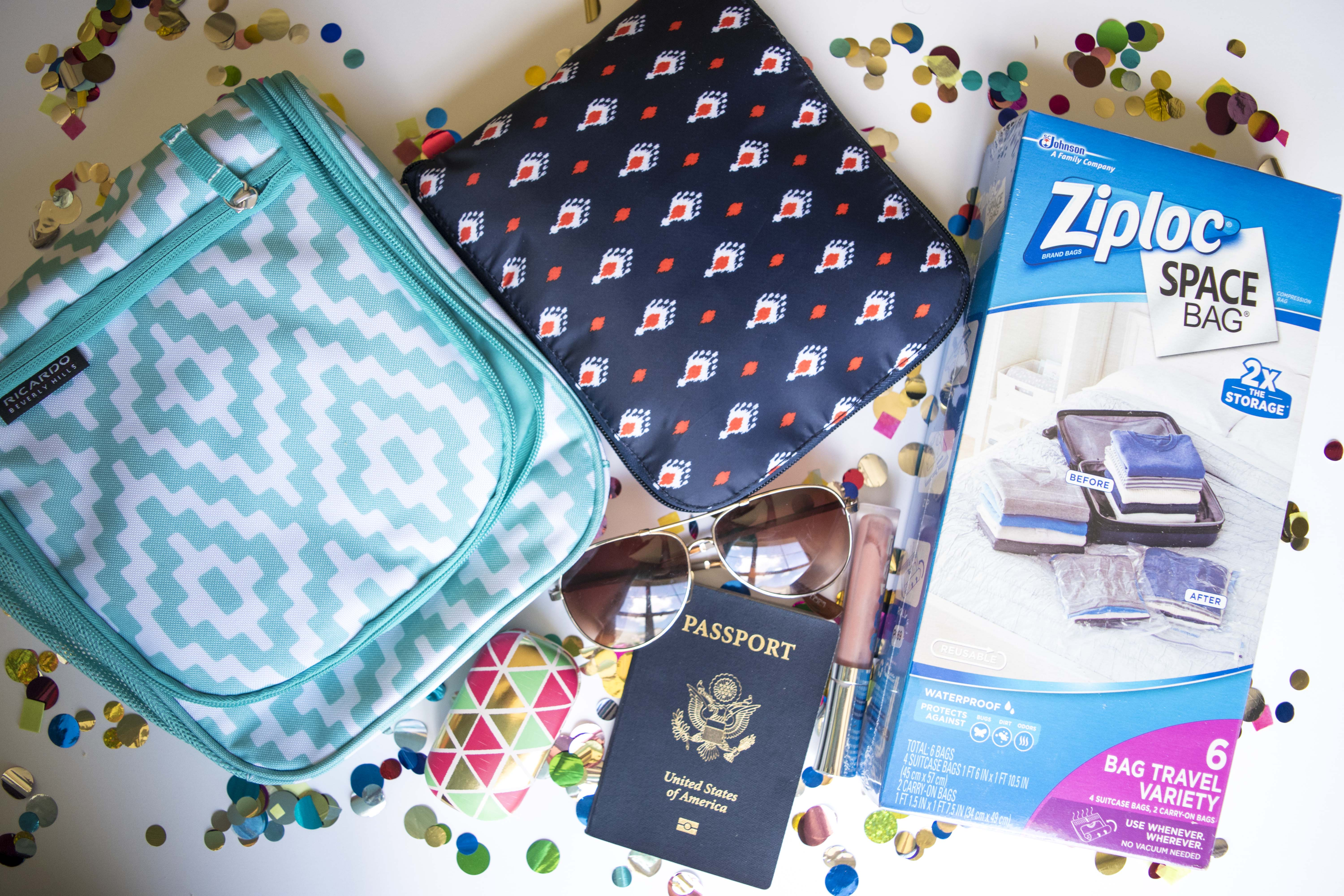 My awesome study abroad essentials from Bed Bath & Beyond! I am loving this expandable duffle bag, toiletry holder and ziploc vacuum bags.