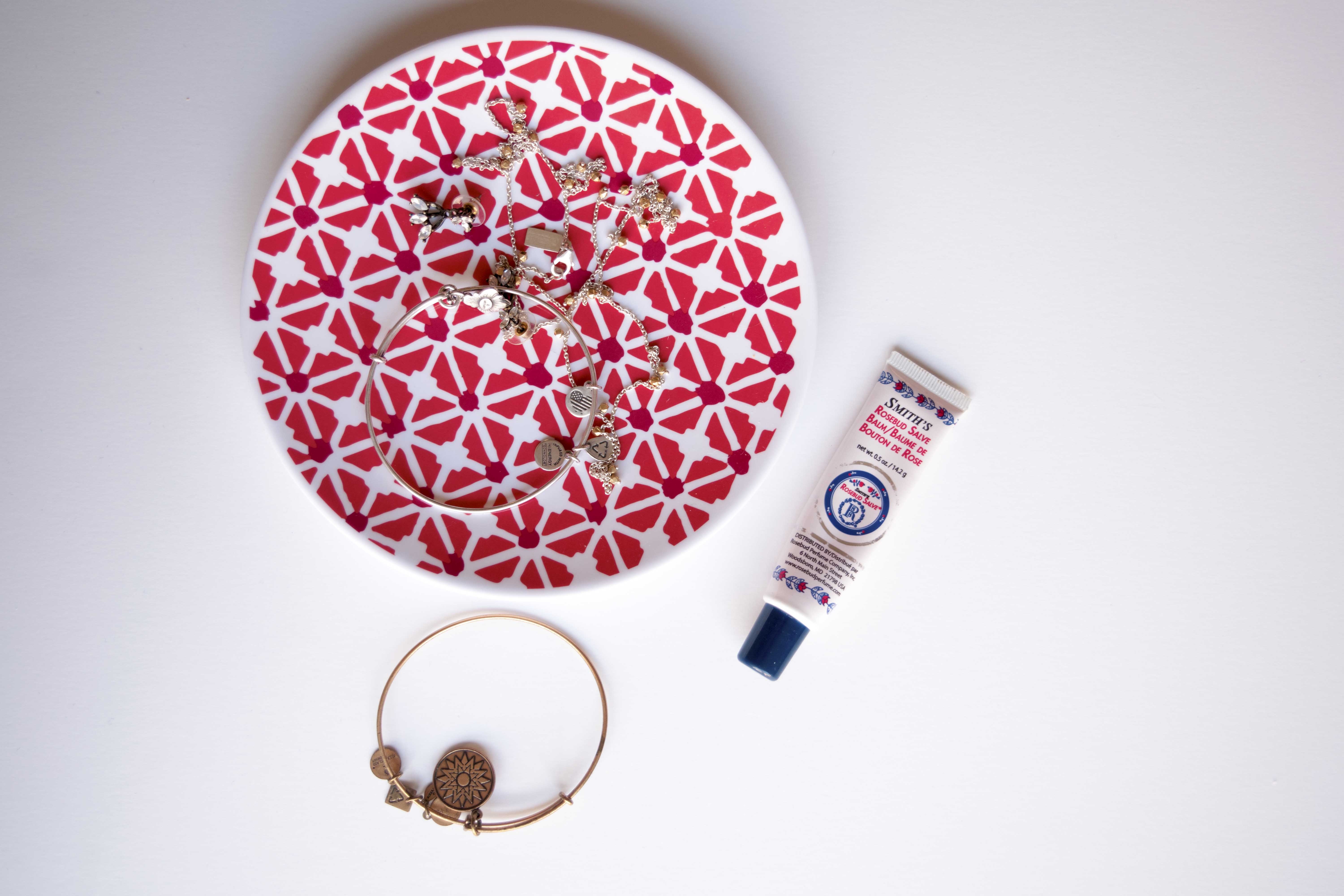Beauty essentials on a college budget! Click through to read more!